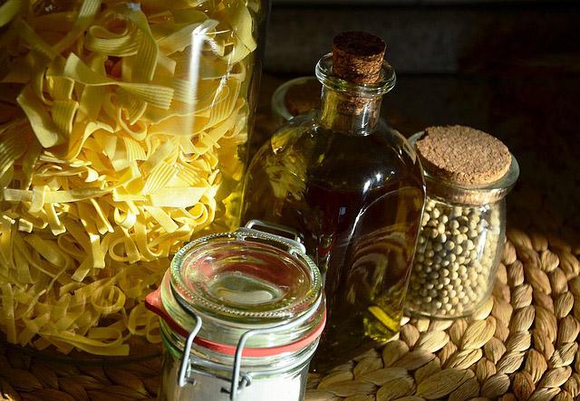 I celiaci possono mangiare olive e condire le pietanze con olio d'oliva?