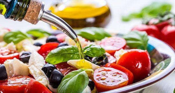 olio di oliva e dieta mediterranea