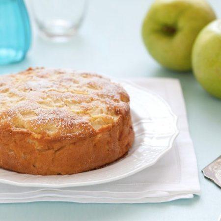 Come preparare la torta di mele con olio di oliva