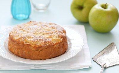 come preparare la torta di mele con olio evo