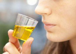 l'olio che pizzica in gola è acido?