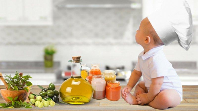 Olio extravergine d'oliva biologico: alimento indispensabile per neonati e bambini