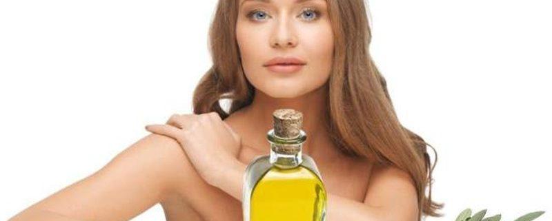 Rimedi naturali all'olio di oliva per curare capelli secchi e danneggiati