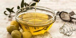 Colore verde dell'olio extravergine: da cosa dipendejpg