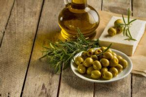 Meglio l'olio di oliva o il burro in cucina?