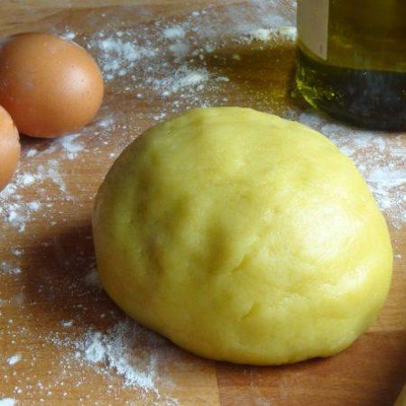 Vuoi preparare la pasta frolla all'olio di oliva: ecco la ricetta!