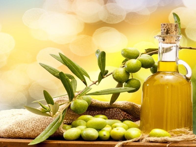 L'Olio Extra Light: cos'è e come si comporta nella nostra dieta?
