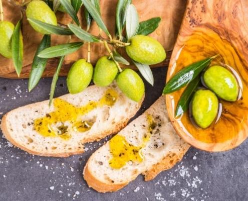 Olio di oliva: luoghi comuni e miti da sfatare